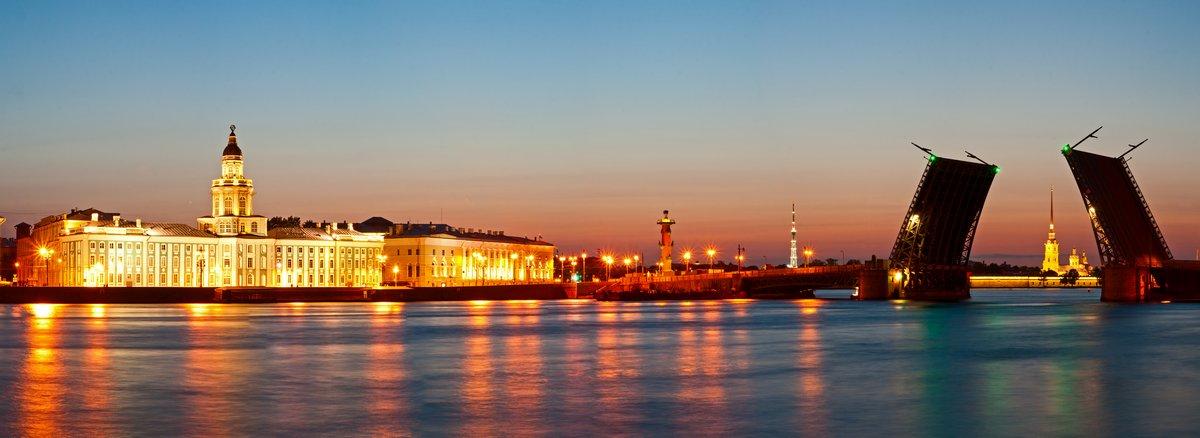 Постер Санкт-Петербург Белые ночи в Санкт-ПетербургеСанкт-Петербург<br>Постер на холсте или бумаге. Любого нужного вам размера. В раме или без. Подвес в комплекте. Трехслойная надежная упаковка. Доставим в любую точку России. Вам осталось только повесить картину на стену!<br>