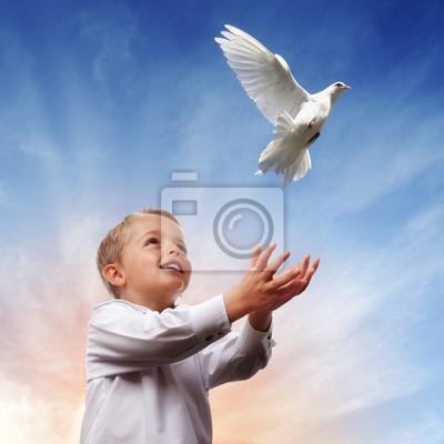 Свобода, мир и духовность, 20x20 см, на бумагеГолуби<br>Постер на холсте или бумаге. Любого нужного вам размера. В раме или без. Подвес в комплекте. Трехслойная надежная упаковка. Доставим в любую точку России. Вам осталось только повесить картину на стену!<br>
