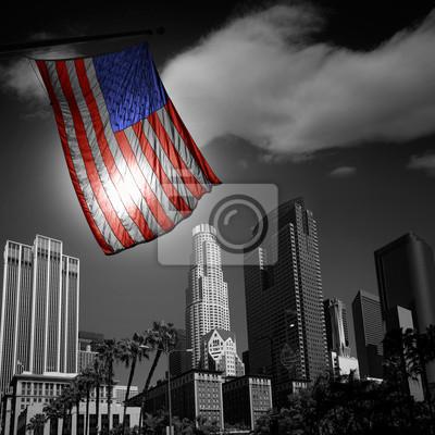 Постер США Соединенные Штаты флаг в черно-белом downtown LAФлаг США<br>Постер на холсте или бумаге. Любого нужного вам размера. В раме или без. Подвес в комплекте. Трехслойная надежная упаковка. Доставим в любую точку России. Вам осталось только повесить картину на стену!<br>