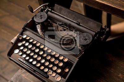 Старой пишущей машинке, 30x20 см, на бумаге05.24 День славянской письменности и культуры<br>Постер на холсте или бумаге. Любого нужного вам размера. В раме или без. Подвес в комплекте. Трехслойная надежная упаковка. Доставим в любую точку России. Вам осталось только повесить картину на стену!<br>