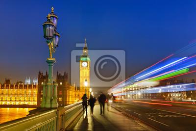 Постер Лондон Лондон ночьюЛондон<br>Постер на холсте или бумаге. Любого нужного вам размера. В раме или без. Подвес в комплекте. Трехслойная надежная упаковка. Доставим в любую точку России. Вам осталось только повесить картину на стену!<br>