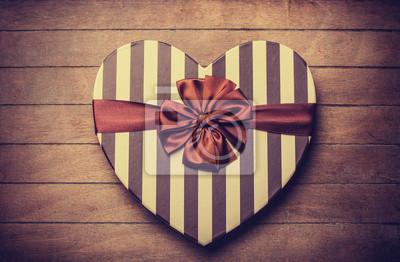 Постер Праздники Постер 58251621, 31x20 см, на бумаге02.14 День Святого Валентина (День всех влюбленных)<br>Постер на холсте или бумаге. Любого нужного вам размера. В раме или без. Подвес в комплекте. Трехслойная надежная упаковка. Доставим в любую точку России. Вам осталось только повесить картину на стену!<br>
