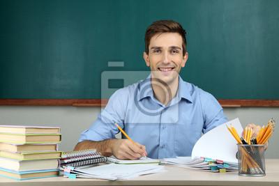 Молодые учителя, работающие в школе, классе, 30x20 см, на бумаге10.05 День учителя России<br>Постер на холсте или бумаге. Любого нужного вам размера. В раме или без. Подвес в комплекте. Трехслойная надежная упаковка. Доставим в любую точку России. Вам осталось только повесить картину на стену!<br>