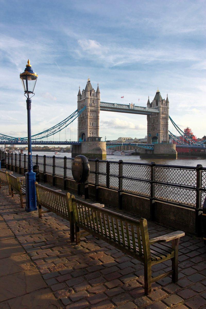 Постер Лондон London Tower BridgeЛондон<br>Постер на холсте или бумаге. Любого нужного вам размера. В раме или без. Подвес в комплекте. Трехслойная надежная упаковка. Доставим в любую точку России. Вам осталось только повесить картину на стену!<br>