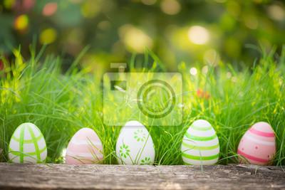 Постер 05.05 Пасха Пасхальные яйца на зеленой траве05.05 Пасха<br>Постер на холсте или бумаге. Любого нужного вам размера. В раме или без. Подвес в комплекте. Трехслойная надежная упаковка. Доставим в любую точку России. Вам осталось только повесить картину на стену!<br>
