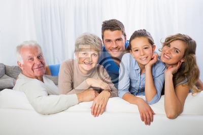 Постер Праздники 3 generationen Familie, 30x20 см, на бумаге07.08 Всероссийский день семьи, любви и верности<br>Постер на холсте или бумаге. Любого нужного вам размера. В раме или без. Подвес в комплекте. Трехслойная надежная упаковка. Доставим в любую точку России. Вам осталось только повесить картину на стену!<br>
