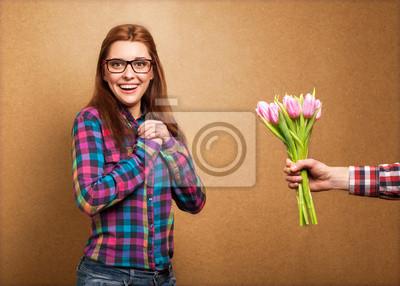 Постер Праздники Постер 63079721, 28x20 см, на бумаге03.08 Международный женский день<br>Постер на холсте или бумаге. Любого нужного вам размера. В раме или без. Подвес в комплекте. Трехслойная надежная упаковка. Доставим в любую точку России. Вам осталось только повесить картину на стену!<br>
