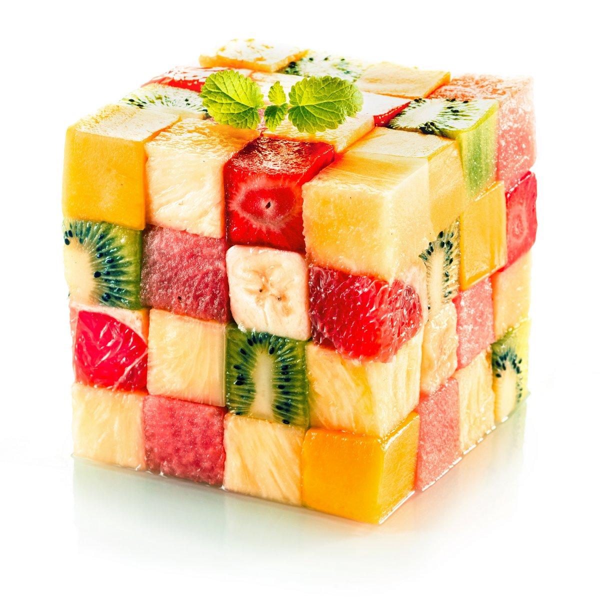 Постер Еда и напитки Фрукты куб с ассорти из тропических фруктов, 20x20 см, на бумагеФрукты<br>Постер на холсте или бумаге. Любого нужного вам размера. В раме или без. Подвес в комплекте. Трехслойная надежная упаковка. Доставим в любую точку России. Вам осталось только повесить картину на стену!<br>