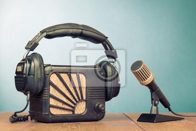 Постер 05.07 День радио
