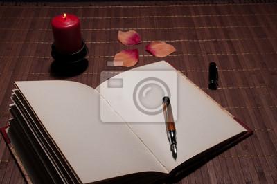 Libro y pluma, 30x20 см, на бумаге10.22 Праздник белых журавлей<br>Постер на холсте или бумаге. Любого нужного вам размера. В раме или без. Подвес в комплекте. Трехслойная надежная упаковка. Доставим в любую точку России. Вам осталось только повесить картину на стену!<br>
