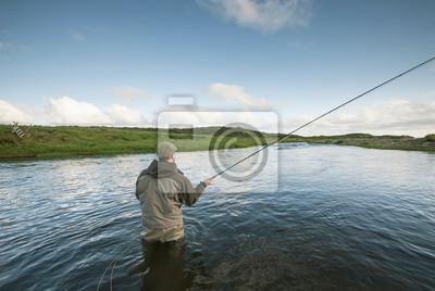 Постер 07.13 День рыбака Flyfisherman литья07.13 День рыбака<br>Постер на холсте или бумаге. Любого нужного вам размера. В раме или без. Подвес в комплекте. Трехслойная надежная упаковка. Доставим в любую точку России. Вам осталось только повесить картину на стену!<br>