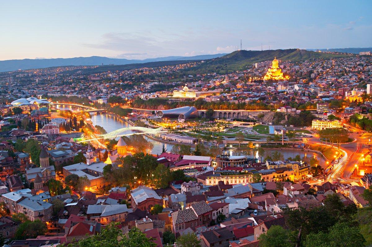 Постер Тбилиси Tbilisi panorama, GeorgiaТбилиси<br>Постер на холсте или бумаге. Любого нужного вам размера. В раме или без. Подвес в комплекте. Трехслойная надежная упаковка. Доставим в любую точку России. Вам осталось только повесить картину на стену!<br>