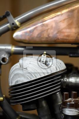 Двигатель мотоцикла, 20x30 см, на бумагеМотоциклы<br>Постер на холсте или бумаге. Любого нужного вам размера. В раме или без. Подвес в комплекте. Трехслойная надежная упаковка. Доставим в любую точку России. Вам осталось только повесить картину на стену!<br>