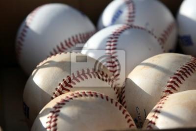 Бейсбольные мячи в Коробке, 30x20 см, на бумагеБейсбол<br>Постер на холсте или бумаге. Любого нужного вам размера. В раме или без. Подвес в комплекте. Трехслойная надежная упаковка. Доставим в любую точку России. Вам осталось только повесить картину на стену!<br>
