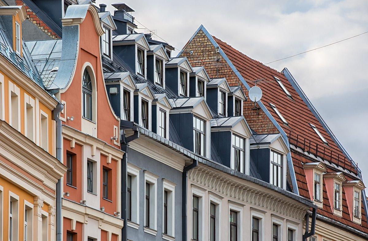 Постер Рига Архитектура старого города в прибалтийском городе Риге, Латвия.Рига<br>Постер на холсте или бумаге. Любого нужного вам размера. В раме или без. Подвес в комплекте. Трехслойная надежная упаковка. Доставим в любую точку России. Вам осталось только повесить картину на стену!<br>
