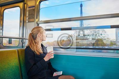 Постер-картина Фото-постеры Красивая молодая женщина в парижском метро, 30x20 см, на бумагеМетро<br>Постер на холсте или бумаге. Любого нужного вам размера. В раме или без. Подвес в комплекте. Трехслойная надежная упаковка. Доставим в любую точку России. Вам осталось только повесить картину на стену!<br>
