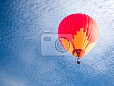 Постер-картина Воздушные шары Красочный воздушный шарВоздушные шары<br>Постер на холсте или бумаге. Любого нужного вам размера. В раме или без. Подвес в комплекте. Трехслойная надежная упаковка. Доставим в любую точку России. Вам осталось только повесить картину на стену!<br>