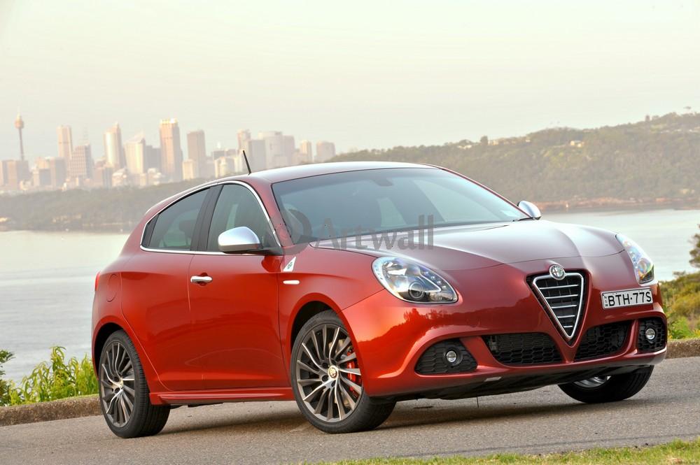 Постер Alfa Romeo Giulietta, 30x20 см, на бумагеGiulietta<br>Постер на холсте или бумаге. Любого нужного вам размера. В раме или без. Подвес в комплекте. Трехслойная надежная упаковка. Доставим в любую точку России. Вам осталось только повесить картину на стену!<br>
