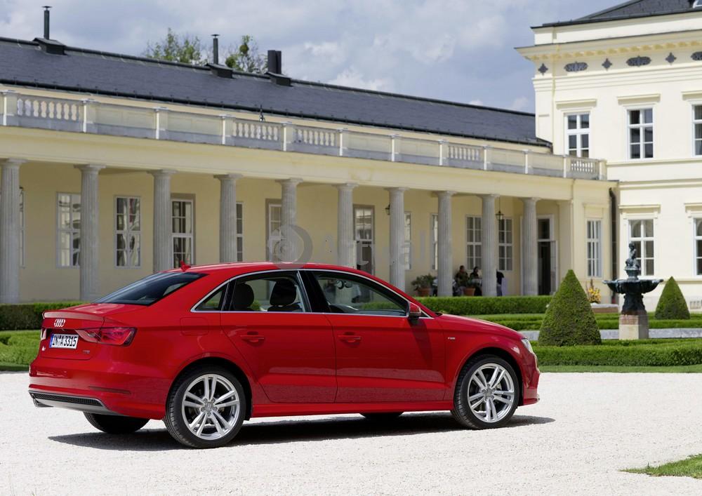Audi A3 Sedan, 28x20 см, на бумагеA3 Sedan<br>Постер на холсте или бумаге. Любого нужного вам размера. В раме или без. Подвес в комплекте. Трехслойная надежная упаковка. Доставим в любую точку России. Вам осталось только повесить картину на стену!<br>