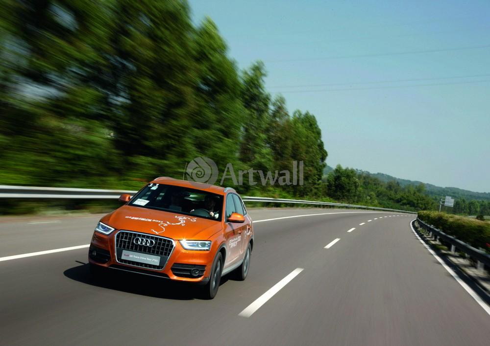 Постер Audi Q3, 28x20 см, на бумагеQ3<br>Постер на холсте или бумаге. Любого нужного вам размера. В раме или без. Подвес в комплекте. Трехслойная надежная упаковка. Доставим в любую точку России. Вам осталось только повесить картину на стену!<br>