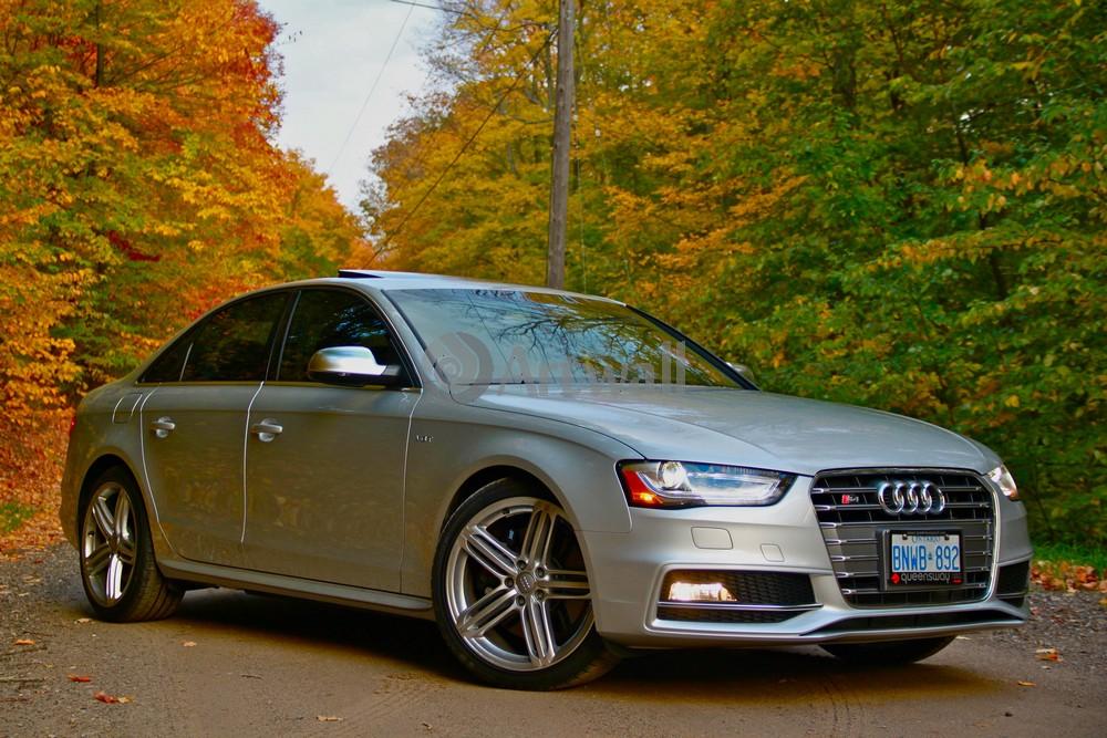 Audi S4, 30x20 см, на бумагеS4<br>Постер на холсте или бумаге. Любого нужного вам размера. В раме или без. Подвес в комплекте. Трехслойная надежная упаковка. Доставим в любую точку России. Вам осталось только повесить картину на стену!<br>