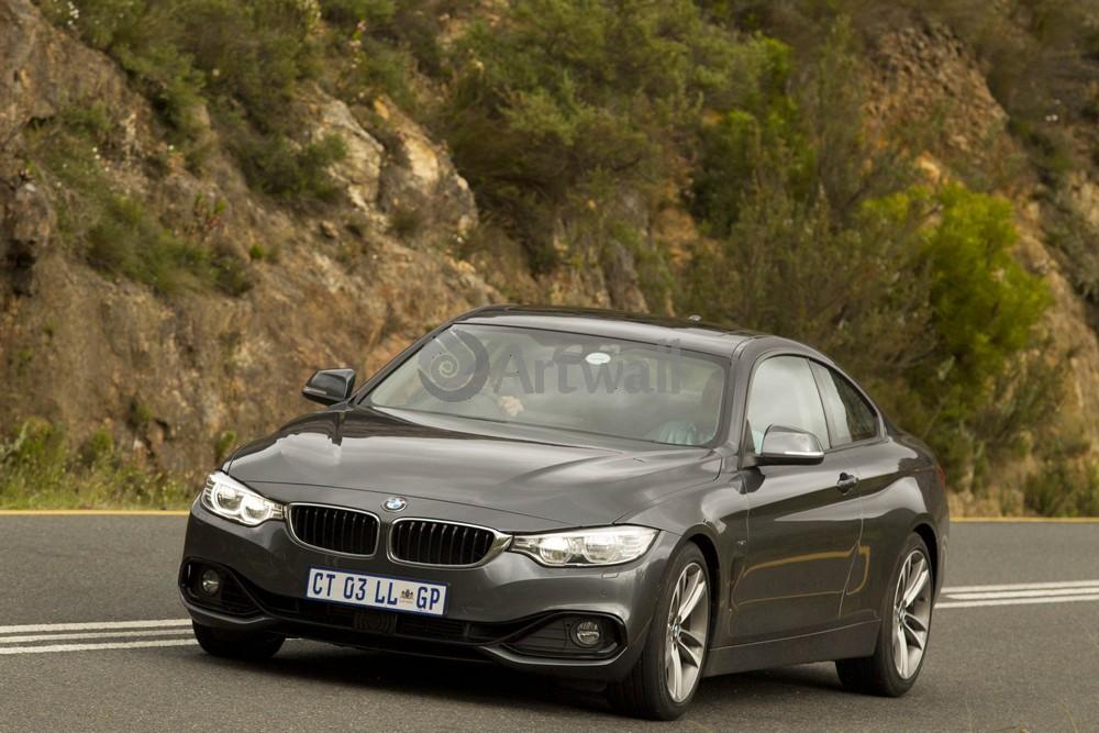 Постер BMW 4 Series, 30x20 см, на бумаге4 Series<br>Постер на холсте или бумаге. Любого нужного вам размера. В раме или без. Подвес в комплекте. Трехслойная надежная упаковка. Доставим в любую точку России. Вам осталось только повесить картину на стену!<br>