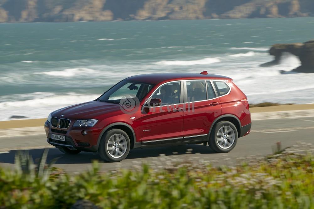 Постер BMW X3, 30x20 см, на бумагеX3<br>Постер на холсте или бумаге. Любого нужного вам размера. В раме или без. Подвес в комплекте. Трехслойная надежная упаковка. Доставим в любую точку России. Вам осталось только повесить картину на стену!<br>