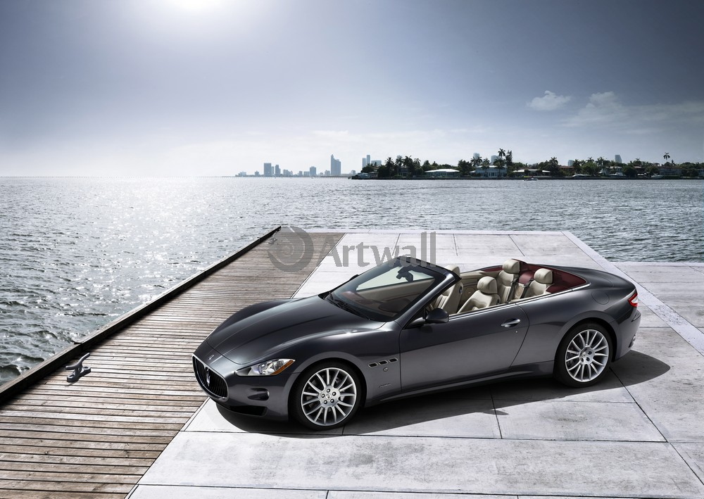 Постер Maserati GranCabrio, 28x20 см, на бумагеGranCabrio<br>Постер на холсте или бумаге. Любого нужного вам размера. В раме или без. Подвес в комплекте. Трехслойная надежная упаковка. Доставим в любую точку России. Вам осталось только повесить картину на стену!<br>