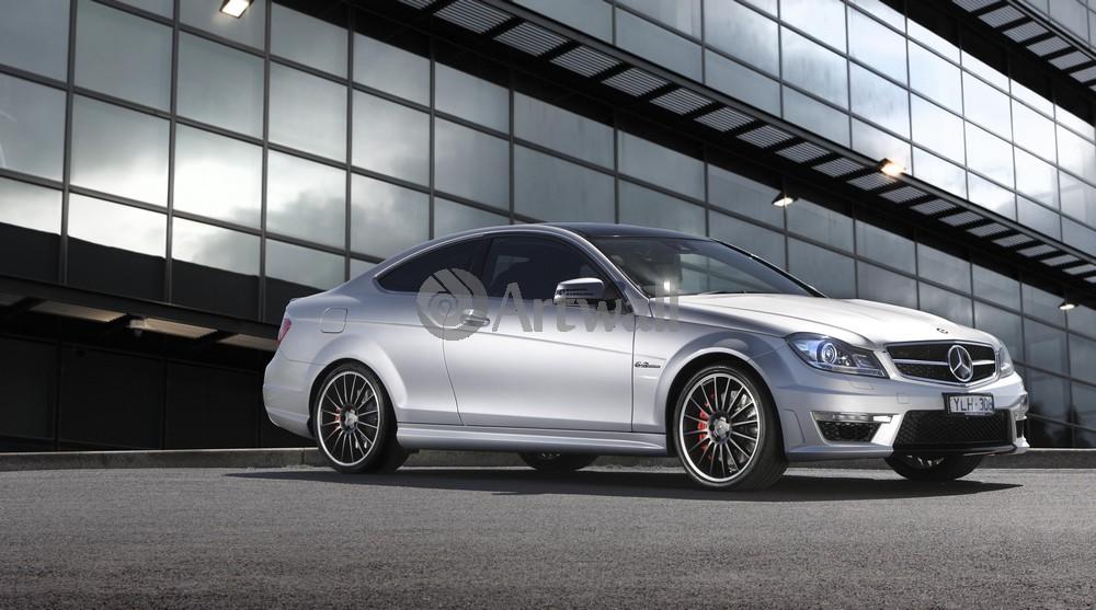 Постер Mercedes-Benz C 63 AMG Coupe, 36x20 см, на бумагеC 63 AMG Coupe<br>Постер на холсте или бумаге. Любого нужного вам размера. В раме или без. Подвес в комплекте. Трехслойная надежная упаковка. Доставим в любую точку России. Вам осталось только повесить картину на стену!<br>