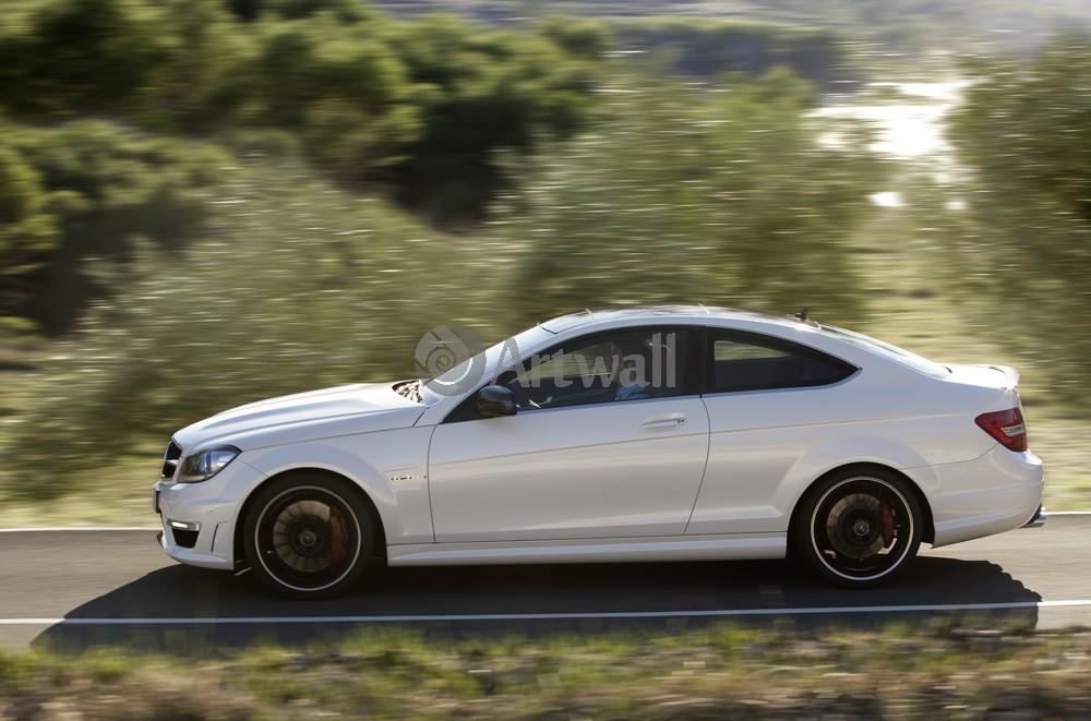 Постер Mercedes-Benz C 63 AMG Coupe, 30x20 см, на бумагеC 63 AMG Coupe<br>Постер на холсте или бумаге. Любого нужного вам размера. В раме или без. Подвес в комплекте. Трехслойная надежная упаковка. Доставим в любую точку России. Вам осталось только повесить картину на стену!<br>
