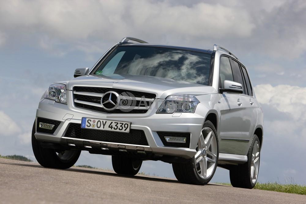 Mercedes-Benz GLK, 30x20 см, на бумагеGLK<br>Постер на холсте или бумаге. Любого нужного вам размера. В раме или без. Подвес в комплекте. Трехслойная надежная упаковка. Доставим в любую точку России. Вам осталось только повесить картину на стену!<br>