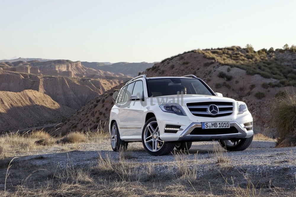 Постер Mercedes-Benz GLK, 30x20 см, на бумагеGLK<br>Постер на холсте или бумаге. Любого нужного вам размера. В раме или без. Подвес в комплекте. Трехслойная надежная упаковка. Доставим в любую точку России. Вам осталось только повесить картину на стену!<br>