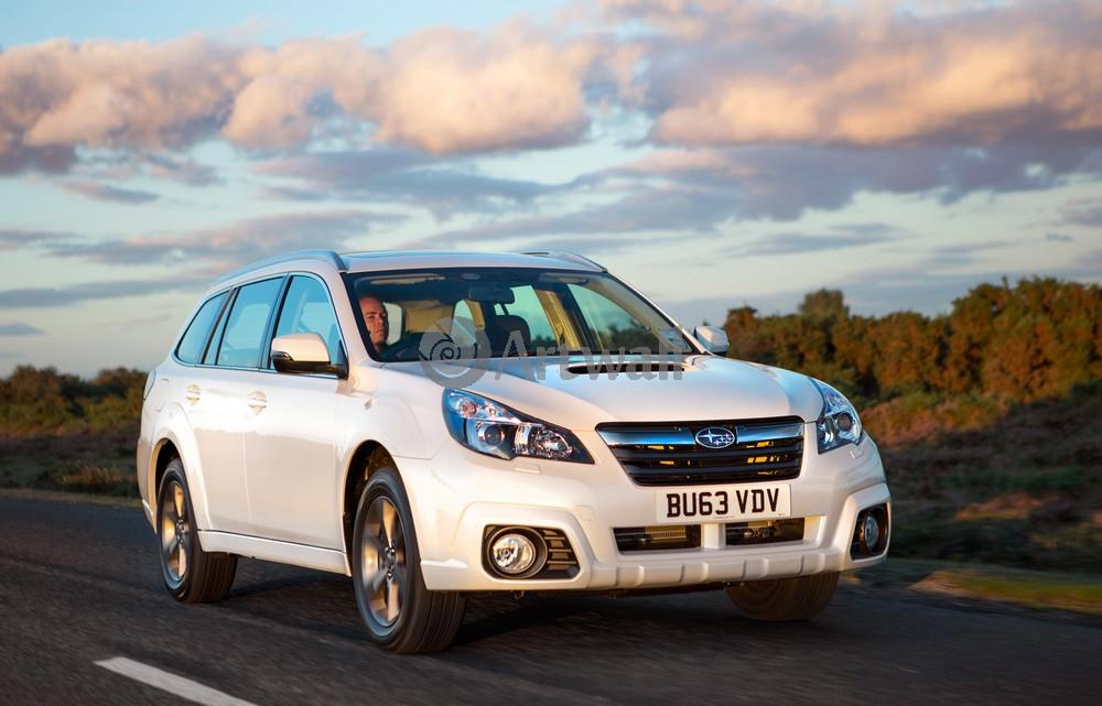 Постер Subaru Outback, 31x20 см, на бумагеOutback<br>Постер на холсте или бумаге. Любого нужного вам размера. В раме или без. Подвес в комплекте. Трехслойная надежная упаковка. Доставим в любую точку России. Вам осталось только повесить картину на стену!<br>