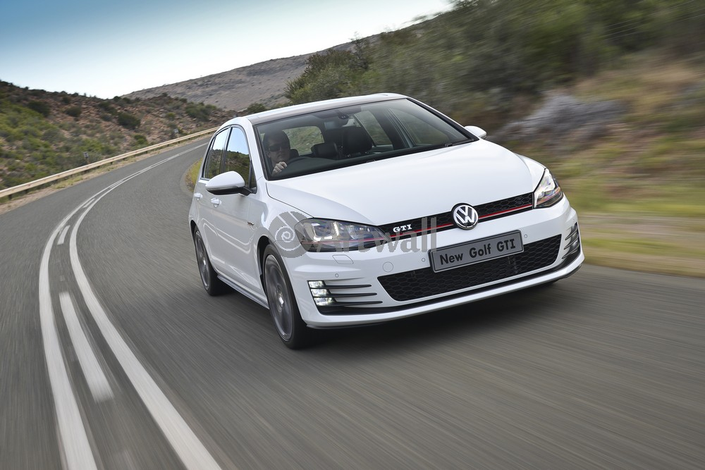 Постер Volkswagen Golf GTI 5D, 30x20 см, на бумагеGolf GTI 5D<br>Постер на холсте или бумаге. Любого нужного вам размера. В раме или без. Подвес в комплекте. Трехслойная надежная упаковка. Доставим в любую точку России. Вам осталось только повесить картину на стену!<br>