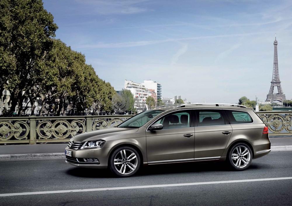 Постер Volkswagen Passat Variant, 28x20 см, на бумагеPassat Variant<br>Постер на холсте или бумаге. Любого нужного вам размера. В раме или без. Подвес в комплекте. Трехслойная надежная упаковка. Доставим в любую точку России. Вам осталось только повесить картину на стену!<br>