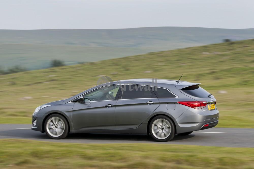 Постер Hyundai i40 Wagon, 30x20 см, на бумагеi40 Wagon<br>Постер на холсте или бумаге. Любого нужного вам размера. В раме или без. Подвес в комплекте. Трехслойная надежная упаковка. Доставим в любую точку России. Вам осталось только повесить картину на стену!<br>