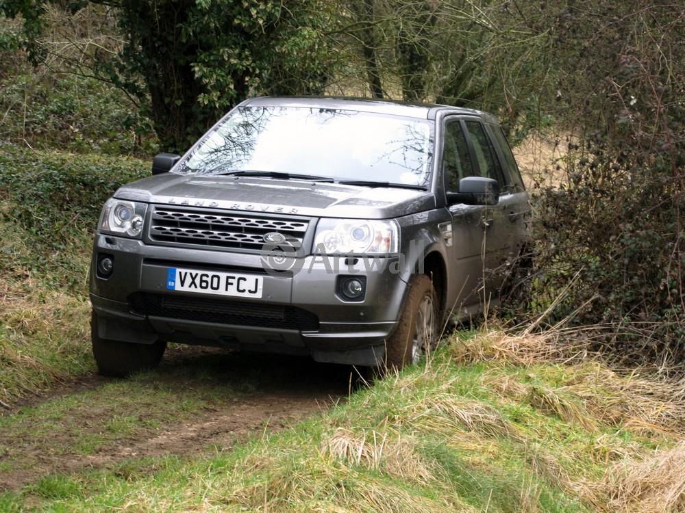 Land Rover Freelander 2, 27x20 см, на бумагеFreelander 2<br>Постер на холсте или бумаге. Любого нужного вам размера. В раме или без. Подвес в комплекте. Трехслойная надежная упаковка. Доставим в любую точку России. Вам осталось только повесить картину на стену!<br>