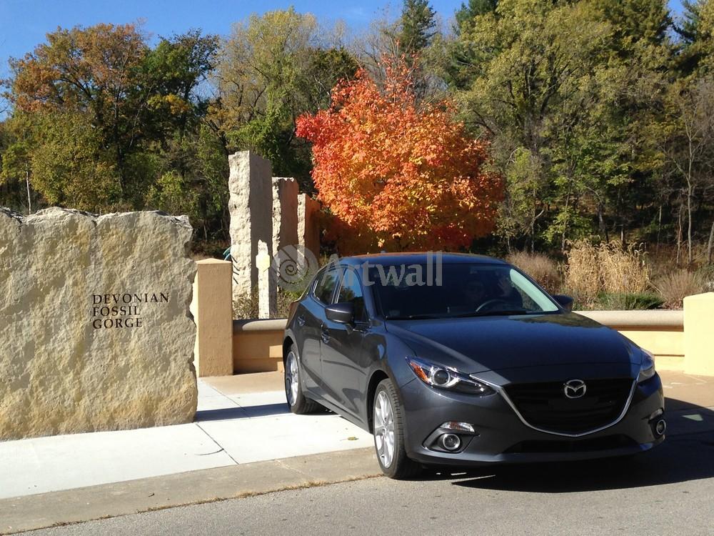 Постер Mazda 3 Sedan, 27x20 см, на бумаге3 Sedan<br>Постер на холсте или бумаге. Любого нужного вам размера. В раме или без. Подвес в комплекте. Трехслойная надежная упаковка. Доставим в любую точку России. Вам осталось только повесить картину на стену!<br>