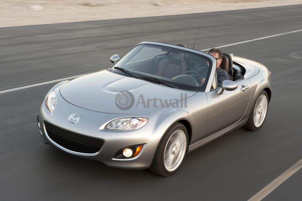 Постер Mazda MX-5, 30x20 см, на бумагеMX-5<br>Постер на холсте или бумаге. Любого нужного вам размера. В раме или без. Подвес в комплекте. Трехслойная надежная упаковка. Доставим в любую точку России. Вам осталось только повесить картину на стену!<br>