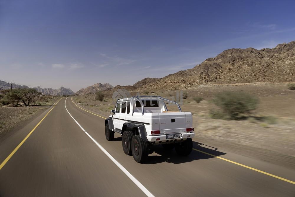 Постер Mercedes-Benz G 63 AMG 6x6, 30x20 см, на бумагеG 63 AMG 6x6<br>Постер на холсте или бумаге. Любого нужного вам размера. В раме или без. Подвес в комплекте. Трехслойная надежная упаковка. Доставим в любую точку России. Вам осталось только повесить картину на стену!<br>