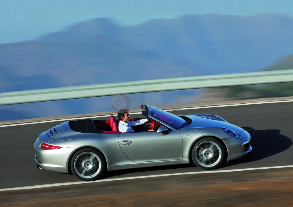 Постер Porsche 911 Carrera Cabriolet, 28x20 см, на бумаге911 Carrera Cabriolet<br>Постер на холсте или бумаге. Любого нужного вам размера. В раме или без. Подвес в комплекте. Трехслойная надежная упаковка. Доставим в любую точку России. Вам осталось только повесить картину на стену!<br>