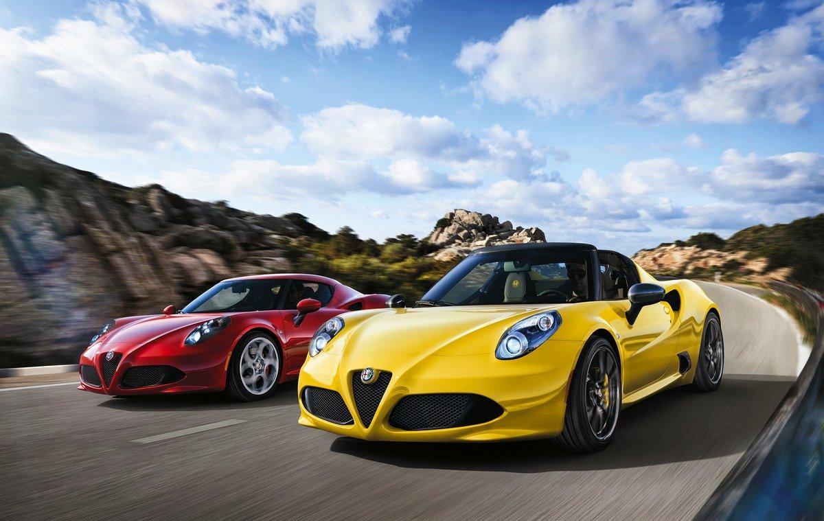 Alfa Romeo 4C Spider (2014), 32x20 см, на бумаге4C Spider<br>Постер на холсте или бумаге. Любого нужного вам размера. В раме или без. Подвес в комплекте. Трехслойная надежная упаковка. Доставим в любую точку России. Вам осталось только повесить картину на стену!<br>