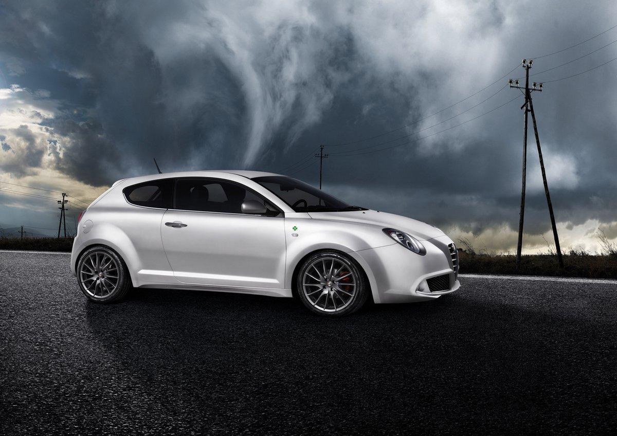 Постер Alfa Romeo Mito (2015), 28x20 см, на бумагеMito<br>Постер на холсте или бумаге. Любого нужного вам размера. В раме или без. Подвес в комплекте. Трехслойная надежная упаковка. Доставим в любую точку России. Вам осталось только повесить картину на стену!<br>