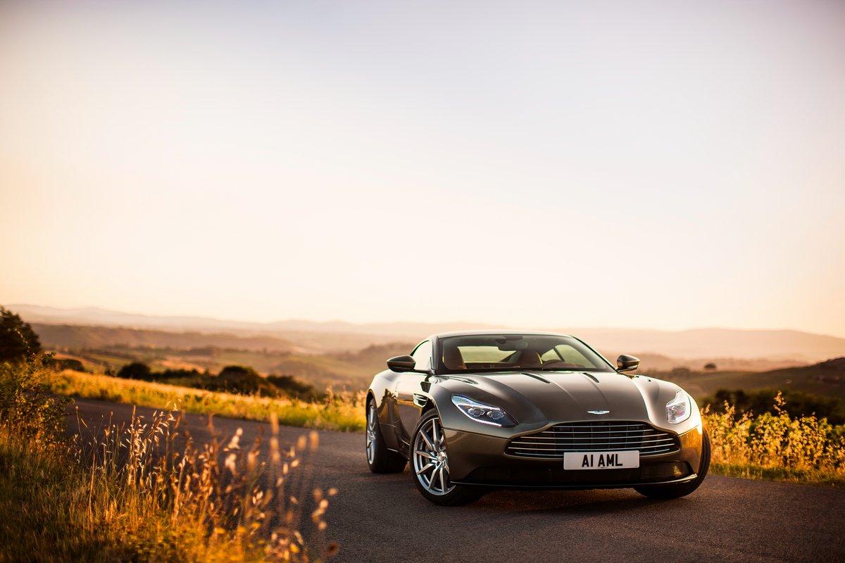 Постер Aston Martin DB11 (2016), 30x20 см, на бумагеDB11<br>Постер на холсте или бумаге. Любого нужного вам размера. В раме или без. Подвес в комплекте. Трехслойная надежная упаковка. Доставим в любую точку России. Вам осталось только повесить картину на стену!<br>