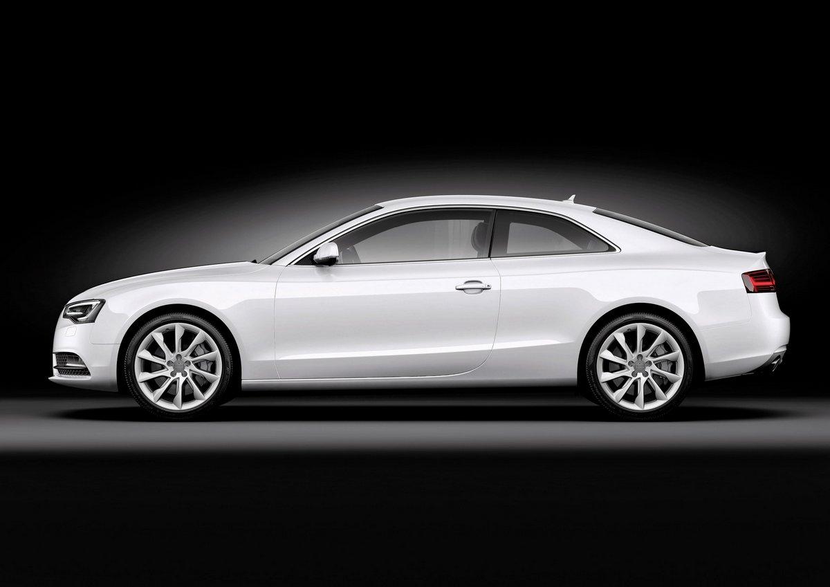Постер Audi S5 купе II (2014), 28x20 см, на бумагеS5<br>Постер на холсте или бумаге. Любого нужного вам размера. В раме или без. Подвес в комплекте. Трехслойная надежная упаковка. Доставим в любую точку России. Вам осталось только повесить картину на стену!<br>