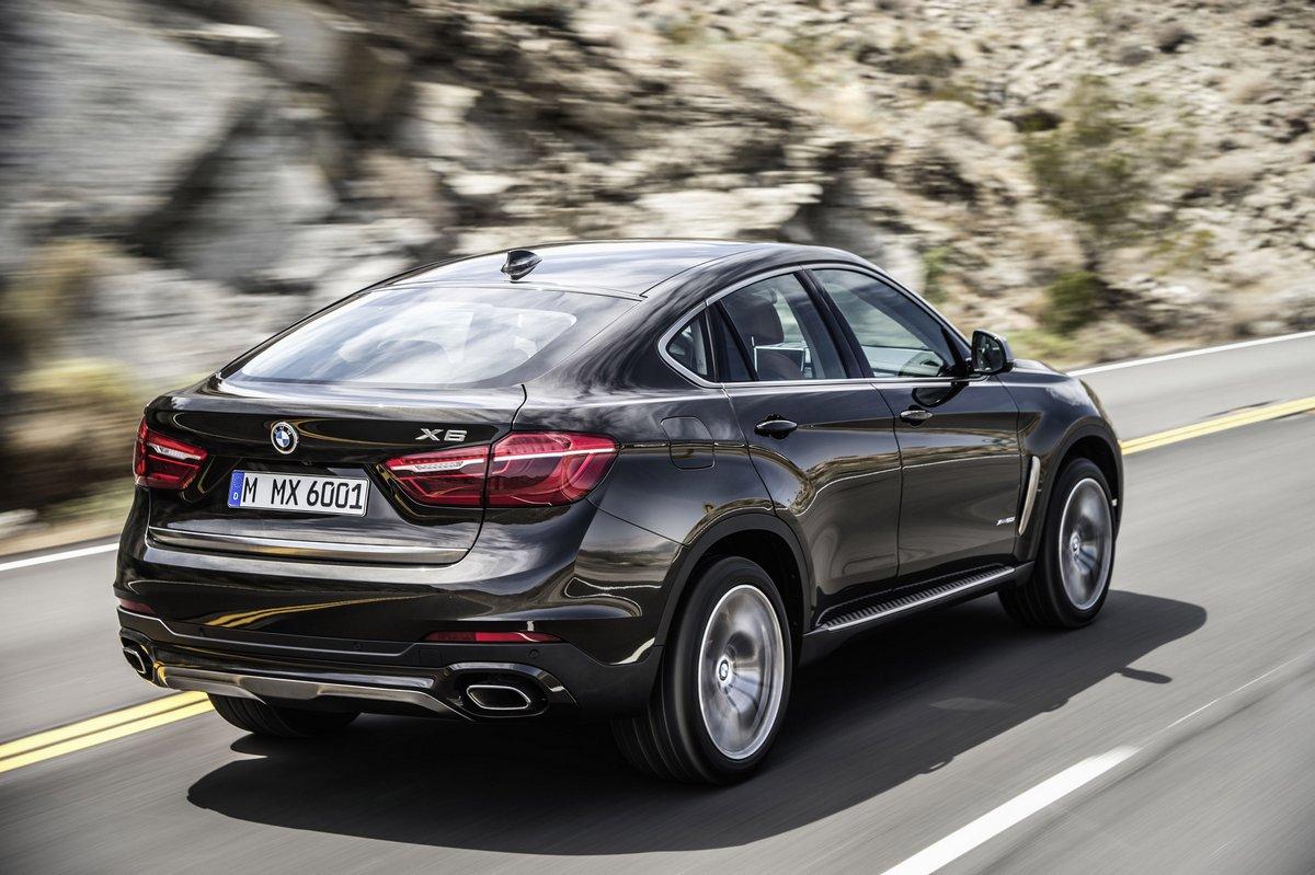 BMW X6 II (2016), 30x20 см, на бумагеX6<br>Постер на холсте или бумаге. Любого нужного вам размера. В раме или без. Подвес в комплекте. Трехслойная надежная упаковка. Доставим в любую точку России. Вам осталось только повесить картину на стену!<br>
