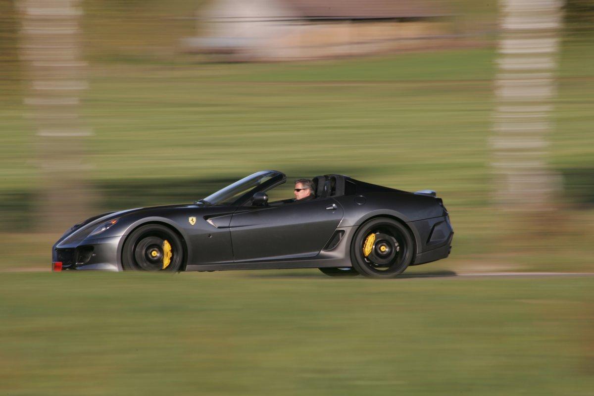 Постер Ferrari 599 SA (2014), 30x20 см, на бумаге599 SA<br>Постер на холсте или бумаге. Любого нужного вам размера. В раме или без. Подвес в комплекте. Трехслойная надежная упаковка. Доставим в любую точку России. Вам осталось только повесить картину на стену!<br>