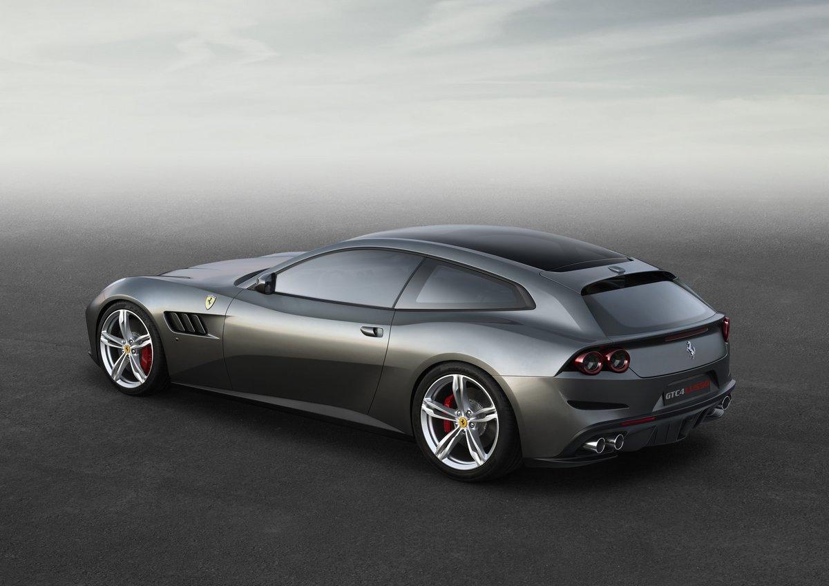 Ferrari GTC4Lusso (2016), 28x20 см, на бумагеGTC4Lusso<br>Постер на холсте или бумаге. Любого нужного вам размера. В раме или без. Подвес в комплекте. Трехслойная надежная упаковка. Доставим в любую точку России. Вам осталось только повесить картину на стену!<br>