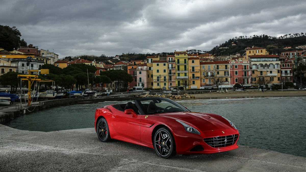 Постер Ferrari J50 (2017), 36x20 см, на бумагеJ50<br>Постер на холсте или бумаге. Любого нужного вам размера. В раме или без. Подвес в комплекте. Трехслойная надежная упаковка. Доставим в любую точку России. Вам осталось только повесить картину на стену!<br>