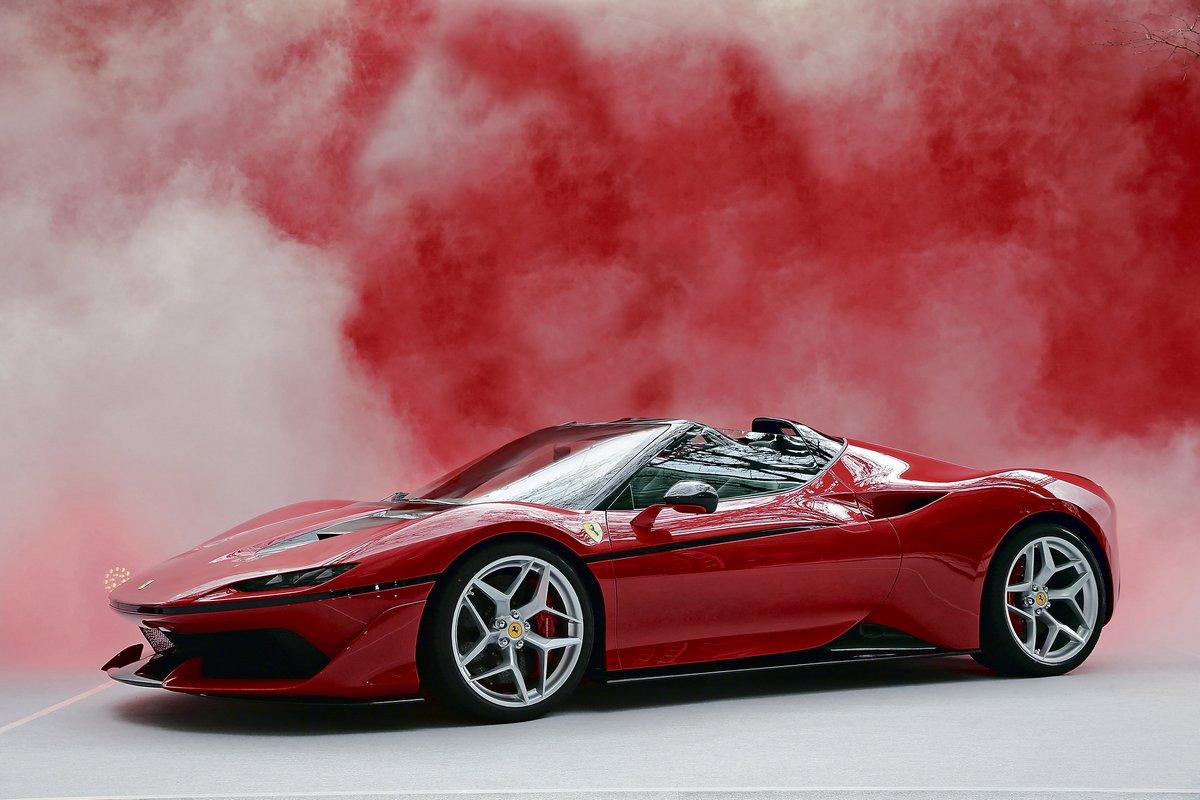 Постер Ferrari J50 (2017), 30x20 см, на бумагеJ50<br>Постер на холсте или бумаге. Любого нужного вам размера. В раме или без. Подвес в комплекте. Трехслойная надежная упаковка. Доставим в любую точку России. Вам осталось только повесить картину на стену!<br>